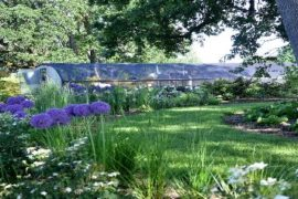 Out_in_the_Garden_649-476x237